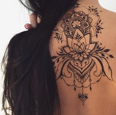 Upper Back Design by Veronica Krasovska