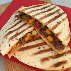 Mexican Food Recipes, Healthy Recipes, Ethnic Recipes, Fast Recipes, Tortilla Wraps, Healthy Quesadilla, Fast Easy Meals, Love Food, Foodies