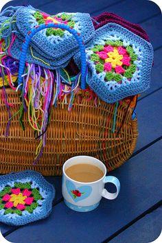 pretty colors! mooie blog achter.