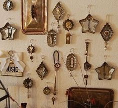 Tart tins as frames for tiny treasures.