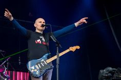 #BillyCorgan celebrates his 47th Birthday today! Do you have a favorite #SmashingPumpkins song?