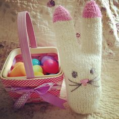 Ravelry: Knitted Sock Bunny pattern by Jamie Johnston.  FREE PDF 8/14.