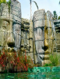 Asia Gardens -- Alicante, Spain This I definately want to see.