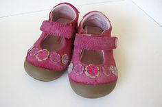 Stride Rite Toddler Girl Pink Mary Jane Leather Shoes Flowers 4.5 Velcro GUC! #StrideRite #CasualShoes