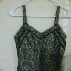 Ann Taylor Petite Floral Silk Cami Beautiful gray and black floral print 100% silk camisole with lace trim. Excellent condition. Great wear-to-work professional career top. Ann Taylor Tops Camisoles