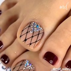 nail designs and nail makeup makeup games makeup design and makeup salon design makeup nailart nail art nailart makeup games Nail Art Designs Videos, Nail Art Videos, Toe Nail Designs, Summer Toenail Designs, Glitter Pedicure Designs, Toenail Polish Designs, Fall Nail Art Designs, Toe Nail Color, Toe Nail Art