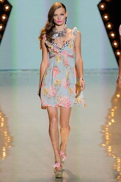 Bestey Johnson Spring 2012 RTW. Can't wait to wear summery florals all the time.