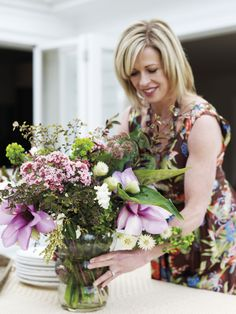 Annabel had the most beautiful display of flowers for our dinner table. Beautiful Flower Arrangements, Beautiful Flowers, Most Beautiful, British Home, Styling A Buffet, Country Women, A Perfect Day, Plant Design, Her Smile