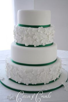 This is your wedding cake! Only the flowers will be clovers instead :)