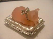 "Estee Lauder Solid Perfume Powder Compact ""Cat's Meow"" Full"