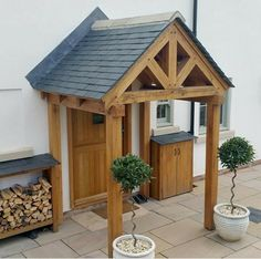 Cottage Front Doors, House Front Porch, Front Porch Design, Side Porch, House Entrance, Porch Over Door, Porch Designs Uk, Awning Over Door, Oak Front Door