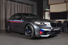 BMW M2 gets M Performance Parts and Akrapovic exhaust system - http://www.bmwblog.com/2017/05/19/bmw-m2-gets-m-performance-parts-akrapovic-exhaust-system/