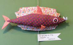 Le requin sardine de la boutique madamepich sur Etsy