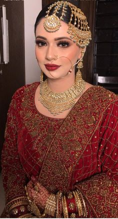 Noor You are in the right place about Bridal Outfit saree Here we offer you the most beautiful pictures about the Bridal Outfit engagement you are looking for. When you examine the Noor part of the pi Bridal Mehndi Dresses, Pakistani Bridal Makeup, Desi Wedding Dresses, Asian Wedding Dress, Bridal Dress Design, Indian Bridal Fashion, Indian Bridal Wear, Bridal Outfits, Wedding Hijab