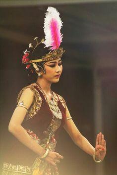 Bedhaya Bedhah Madiun from Kraton Yogyakarta