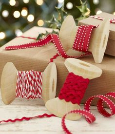 2013 Christmas Craft Kits, Christmas Ribbons craft Kit For Present Wrapping #Christmas #Craft #Kits #Idea  www.loveitsomuch.com