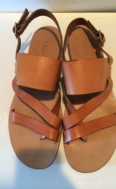 Simple brown sandals | takeyourten.com