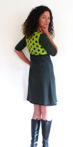 """Knielange Kleider - Kleid 3/4-Arm, A-Form, Empire - """"Patch in schwa... - ein Designerstück von elkesita bei DaWanda"""