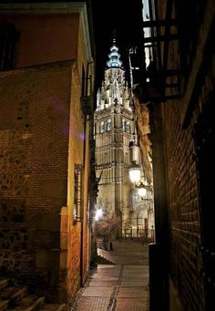 Preciosa callejuela.Toledo -España-