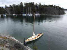 15 Square meter Yacht Britt S-8 in Stockholm archipelago. Design: Harry Becker, 1942.