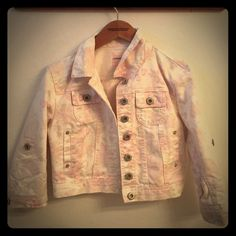 Adorable crop flower print jean jacket Cropped jean material. Light pink flower print jacket. 7 buttons and cuts off right underneath ribs. Size medium but definitely form fitting so could easily fit a small. Only worn once (shown in last pic). Excellent condition Highway Jeans Jackets & Coats Jean Jackets