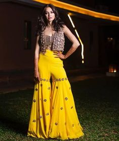Beautiful Sharara with hand embroidery work. Paired with tank top and jacket. Embellished with hand embroidery work. Indian Western Dress, Dress Indian Style, Indian Gowns, Indian Attire, Indian Wedding Outfits, Indian Outfits, Designer Lehnga Choli, Kurti Designs Party Wear, Indian Designer Outfits