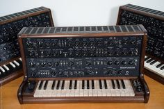 MATRIXSYNTH: New Details on the Knifonium 25 Tube Monophonic Sy...