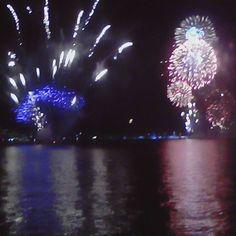 New years Sydney midnight fireworks  Happy new year  #nye #years #eve #ilovesydney #sydneyharbourbridge #sydneyharbour #sydney #harbour #bridge #circular #quay #nsw #new #south #wales #newsouthwales #austraila #aussie #instagood #dezpix #sydneyoperahouse #operahouse #opera #house by 94dezzy http://ift.tt/1NRMbNv