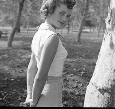 Debbie Reynolds sexy