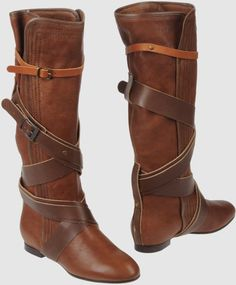 chloe flat boots | Chloé Brown Flat Boots in Brown - Lyst