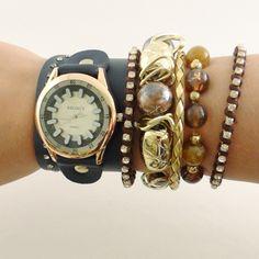 Relógio com Couro Preto.    www.relogiosdadora.com.br