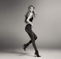 #LiuJo Amazing Fit, los nuevos #denim #bottomup para el otoño. #KarlieKloss