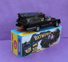 Batman Room, Batman Car, Batman Batmobile, Vintage Toys 1970s, Vintage Lego, Retro Toys, Hot Wheels Display, Custom Hot Wheels, Corgi Toys