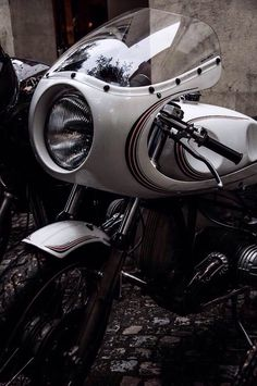 great look for a cafe racer