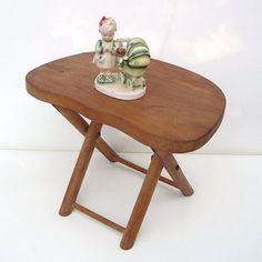 Vintage Wood Folding Foot Stool Step Stool Kids Chair Time Out Bench Brown