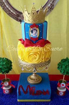 White Birthday Cakes, Snow White Birthday, Snow White Cake, Cakepops, Disney Princess Birthday, White Cakes, 4th Birthday Parties, 2nd Birthday, Birthday Ideas