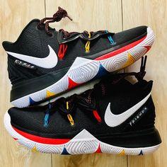 Basketball Shoes Nike For Men Basketball Shoe Display Case Zapatillas Nike Basketball, Zapatillas Jordan Retro, Basketball Shoes Kyrie, Girls Basketball Shoes, Basketball Shirts, Basketball Court, Kyrie 5, Nike Kyrie, Nike Lebron