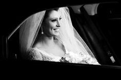 Noiva   Vestido de Noiva   Wedding Dress   Noiva Clássica   Classic Wedding   White Dress   Bride   Wedding   Casamento   Antes da cerimõnia   Inesquecível Casamento