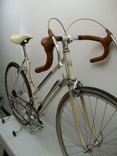 MOSER women's road bike _19 by GROOVY57, via Flickr