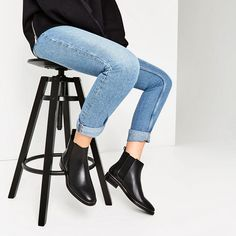 Image 1 of STRETCH LEATHER ANKLE BOOTS from Zara
