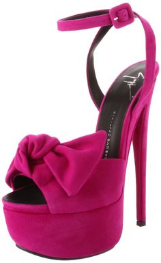 Wish I could wear these! I'd probably fall off them and break my neck!