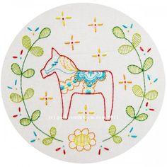 Swedish Horse - Dalecarlian Horse Embroidery Pattern