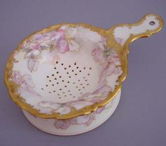 porcelain strainer