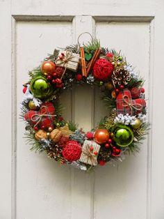 Різдвяний вінок на двері Christmas Wreaths, Christmas Decorations, Holiday Decor, Gift Ideas, Handmade, Gifts, Home Decor, Wreaths, Xmas
