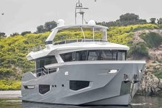 Numarine 26XP High-Speed Expedition Yacht is Just Right | Man of Many Yacht Design, Boat Design, Trawler Yachts For Sale, Ski Nautique, Explorer Yacht, Expedition Yachts, Deck Boat, Float Your Boat, Luxury Yachts