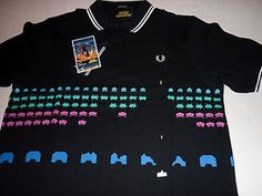 Fred-Perry-SPACE-INVADERS-POLO-PIQUE-T-SHIRT-XL-L-2XL-M-S-game-arcade-ship-robot