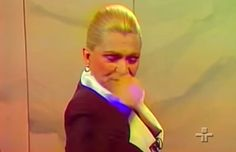 Hebe defendendo a homossexualidade em 1987.