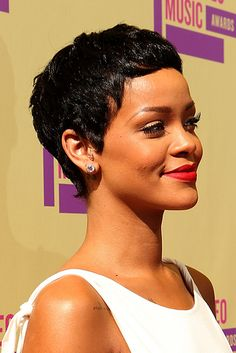 Rihanna | The 18 Greatest Celebrity Pixie Cuts Of The Past Decade