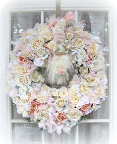I'm in love with this wreath! Breathtaking!