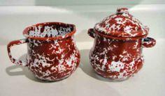 Enamelware Sugar Bowl & Creamer Set, Red Marble Crow Canyon Home,http://www.amazon.com/dp/B0021I7UJI/ref=cm_sw_r_pi_dp_iJ1Usb0KRZ7YJA0P